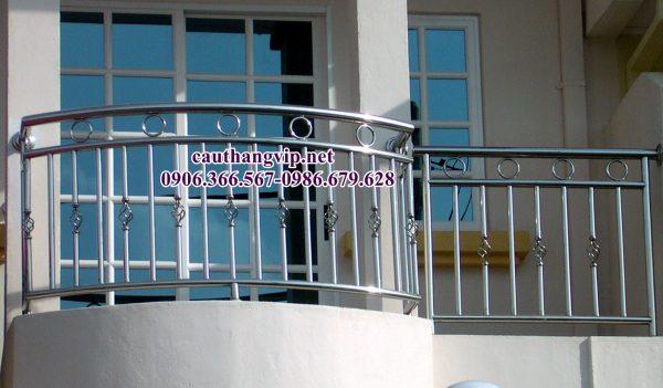 Ban cong vip01a