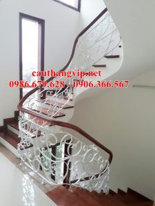 Lan can cầu thang sắt mỹ thuật đẹp